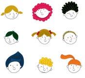 Les enfants font face à l'ensemble Image stock
