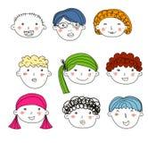 Les enfants font face au croquis réglé Images stock