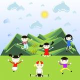 Les enfants joyeux rebondissent dans la perspective des montagnes vertes illustration de vecteur