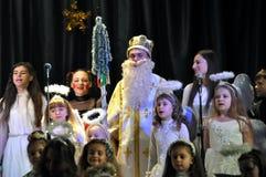 Les enfants ukrainiens célèbrent le _9 de St_ Nicholas Day Photos stock
