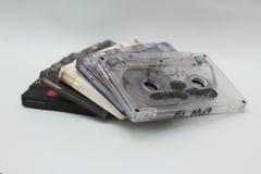 Les enregistreurs à cassettes, est un enregistrement sur bande magnétique analogue, la version 7 photos libres de droits