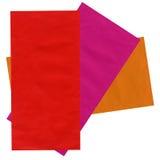 les enveloppes colorées ont isolé le papier de courrier réutilisé Photographie stock libre de droits