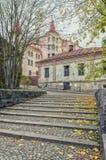 Les escaliers dans la vieille ville de Vyborg Image stock