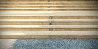 Les escaliers de passage couvert est extérieur Photo stock