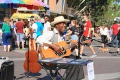 Les Etats-Unis, AZ/Tempe : Joueur Paul Miles de chanteur/guitare Photos libres de droits