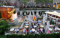 les Etats-Unis neufs York 23 août 2016 La statue d'or de PROMETHEUS Image stock