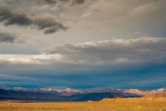 Les falaises d'ouragan fulminent la lumière photo libre de droits