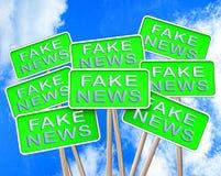 Les fausses actualités signent l'illustration alternative des faits 3d de moyens Photos stock