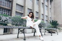 Les femmes asiatiques sont belle femme d'affaires photographie stock