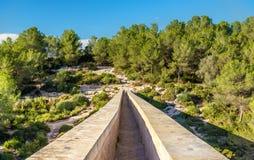 Les Ferreres akvedukt, också som är bekant som Pont del Diable - Tarragona, Spanien arkivbilder