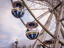 Les ferris colorés roule dedans des marchés de Noël de la ville du Luxembourg, l'Europe photographie stock libre de droits