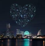 Les feux d'artifice d'étincelle de coeur célébrant au-dessus de la marina aboient à Yokohama Photographie stock libre de droits