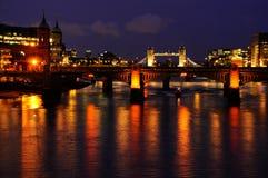 Les feux de soirée de Londres Image stock