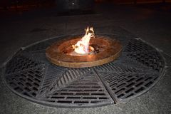 Les flammes du feu éternel Images stock