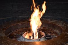 Les flammes du feu éternel Images libres de droits