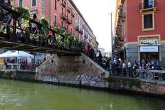 Les fleurs lancent sur le marché, Milan Image stock