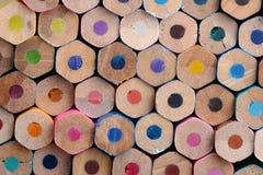 Les fonds de crayon colorés par hexagone Photographie stock
