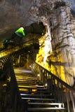 Les formations impressionnantes de chaux du Vietnam de caverne de paradis ravissent la manière photographie stock libre de droits
