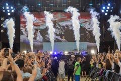 Les fréquences perdues exécute vivant au festival de week-end d'atlas Kiev, Ukraine photographie stock