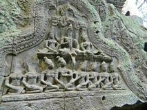 Les fresques sur les murs du temple d'Angkor Vat au Cambodge photos libres de droits