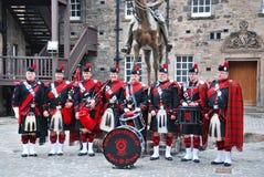 Les gardes royales de dragon d'Ecossais à Edimbourg Photos stock