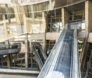 Les gens à l'aéroport de Charles de Gaulle Photographie stock