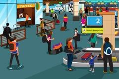 Les gens à l'intérieur de la scène d'aéroport Photographie stock libre de droits