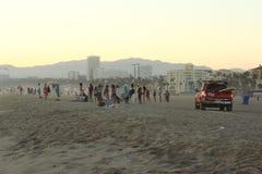 les gens à la plage Image libre de droits