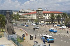 Les gens à la rue du centre d'Addis Ababa, Ethiopie Images libres de droits