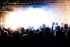 Les gens à un concert Photo stock