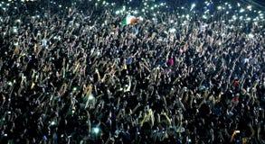 Les gens à un concert vivant Image stock