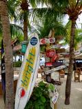 Les gens apprécient le monarque de bateau de croisière voyageant Aruba, Bonaire, au Curaçao, au Panama et Carthagène photographie stock libre de droits