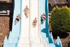 Les gens au parc aquatique Image stock