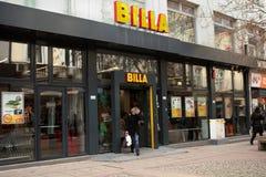 Les gens au supermarché Billa à Sofia, Bulgarie Photographie stock libre de droits