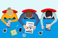 Les gens au travail startup La vue supérieure des personnes plates illustration libre de droits