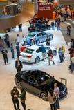 Les gens autour d'Acura Photographie stock libre de droits