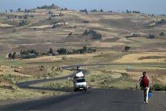 Les gens aux routes de l'Ethiopie en Afrique Photos stock