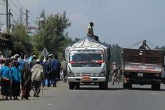 Les gens aux routes de l'Ethiopie en Afrique Photos libres de droits