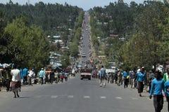 Les gens aux routes de l'Ethiopie en Afrique Image stock