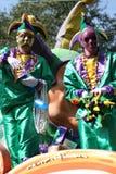 Les gens célébrés fou dans le défilé de mardi gras. Image stock