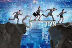 Les gens d'affaires dans le concept de travail d'équipe Image stock