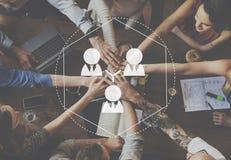 Les gens d'affaires de mise en réseau de connexion relient le concept Image libre de droits
