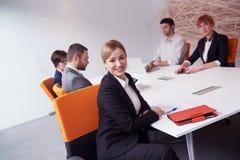 Les gens d'affaires groupent sur la réunion Image stock