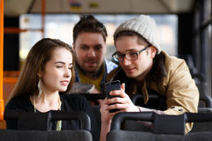 Les gens dans l'autobus photo libre de droits