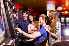 Les gens dans le casino Photographie stock