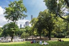 Les gens dans le Central Park, New York City, Etats-Unis photo libre de droits