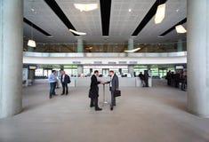 Les gens dans le hall sur le congrès de CEPIC Image libre de droits