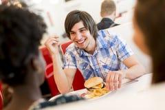 Les gens dans le wagon-restaurant Images libres de droits