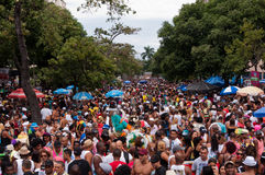 Les gens dans les rues de Rio de Janeiro pendant le carnaval Images stock