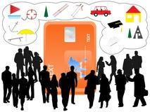Les gens et la carte d'opérations bancaires Photos stock